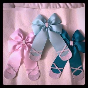 Ballerina colored bows these are great